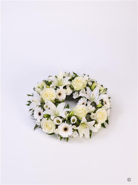 Rose & Lily Wreath - White